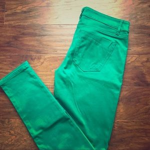 🍀GREEN SKINNY PANTS FROM EXPRESS🍀
